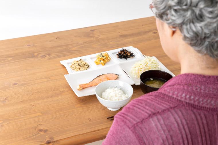 Long-term care food